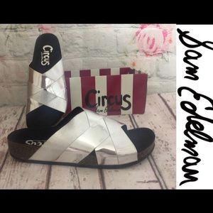 New In Box Sam Edelman Allison Slides Sz 8